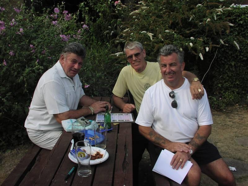 Wayne Bridges, Mal Mason, Tony White
