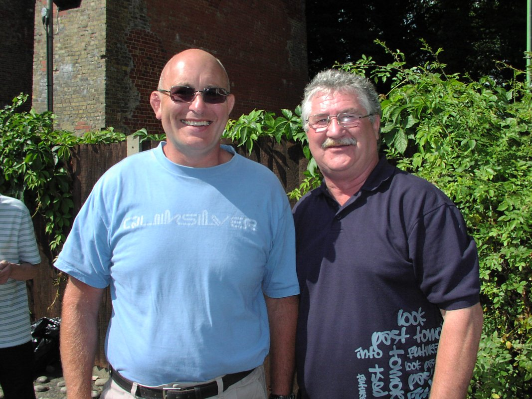 Lee Bronson, John Kenny