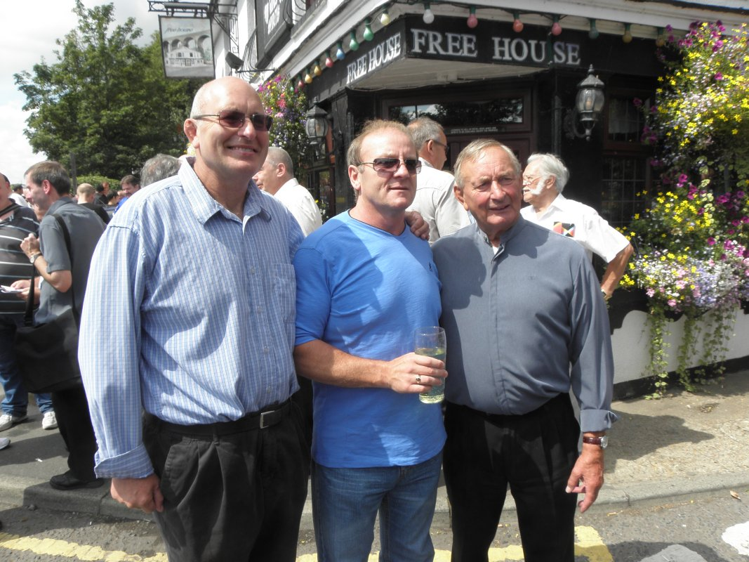 Lee bronson, Mal Sanders, John Hall