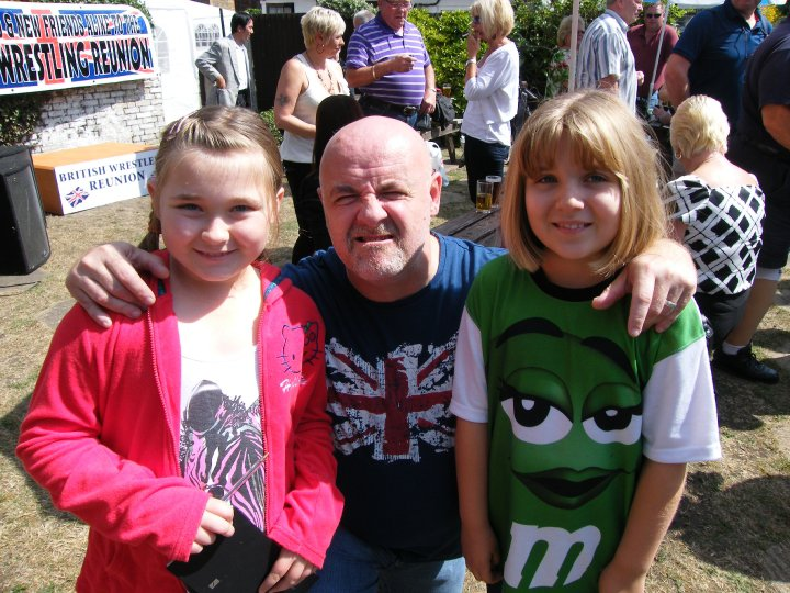 Keith Myatt and Sparkes girls