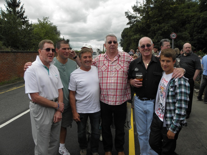 Pete Roberts, Johnny Kidd, Steve Grey, Neil Sands, Tony and Aaron St. Clair