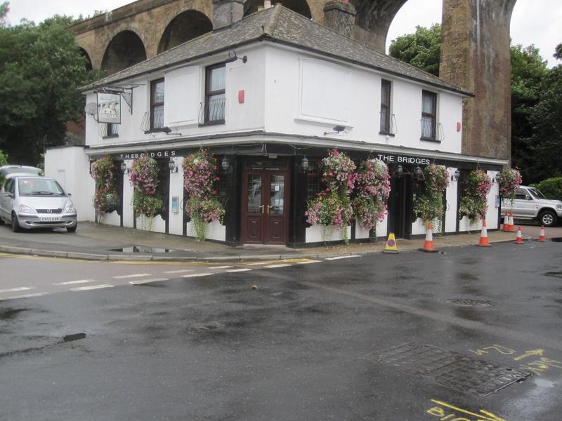 A wet looking Bridges pub pre reunion